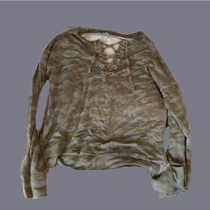 CAMO LACE UP SWEATER!